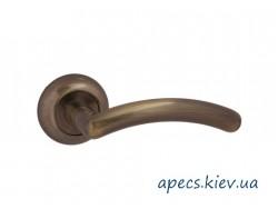 Ручки на розетке APECS H-0833-A-AB